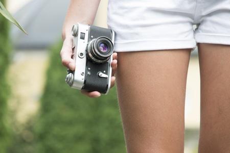 camera-girl450