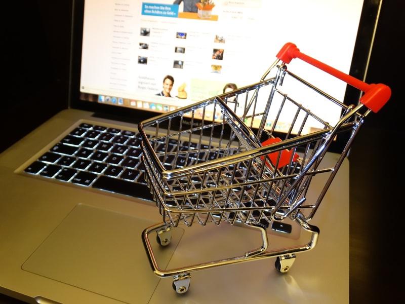 Belanja Online dan Offline