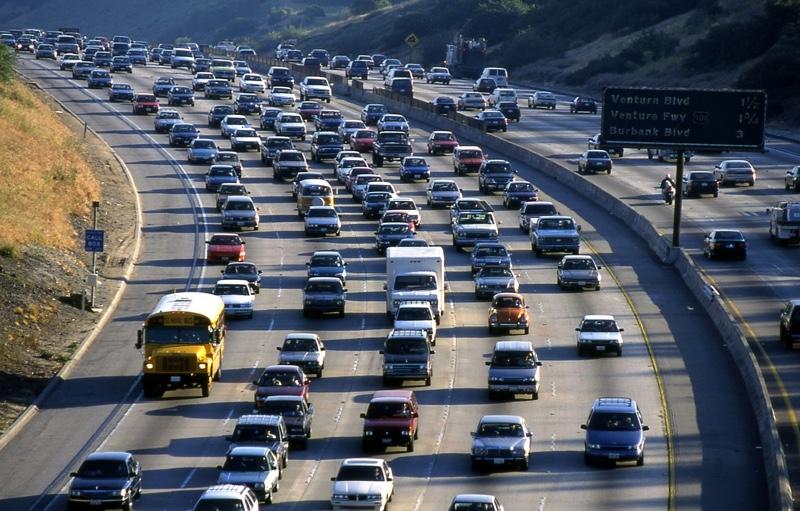 Tsunami Dana Pensiun California