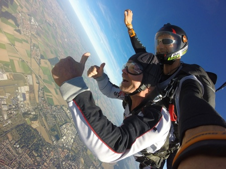 parachute-450