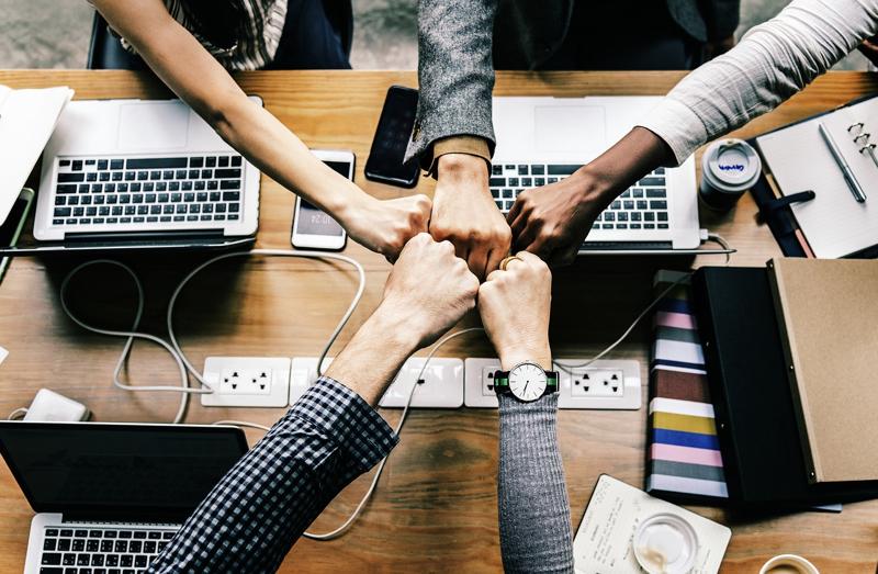 Membangun Bisnis dengan Kultur Korporasi